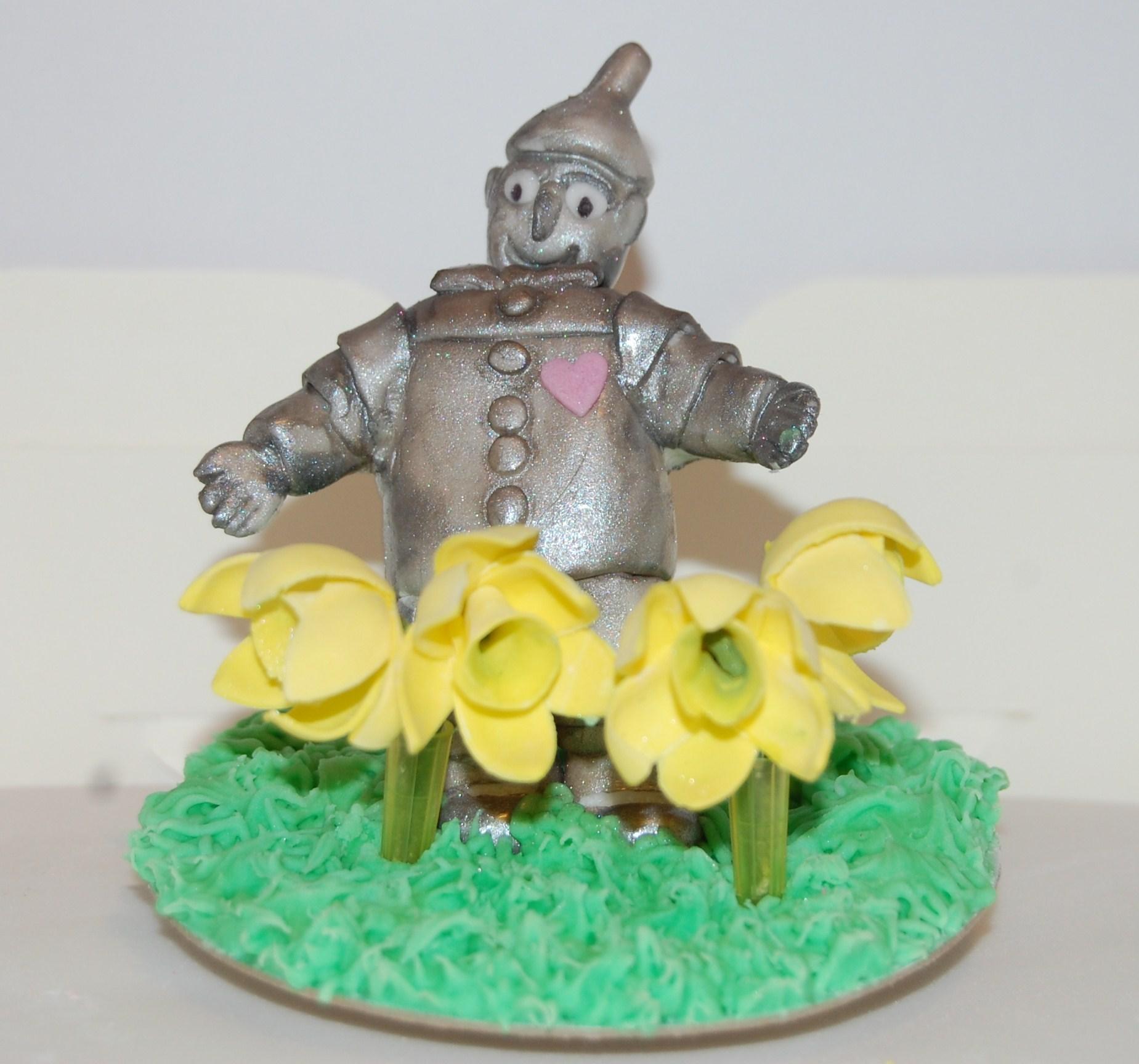 Tin Man 10th wedding anniversary cake – collaboration time! | Hours ...