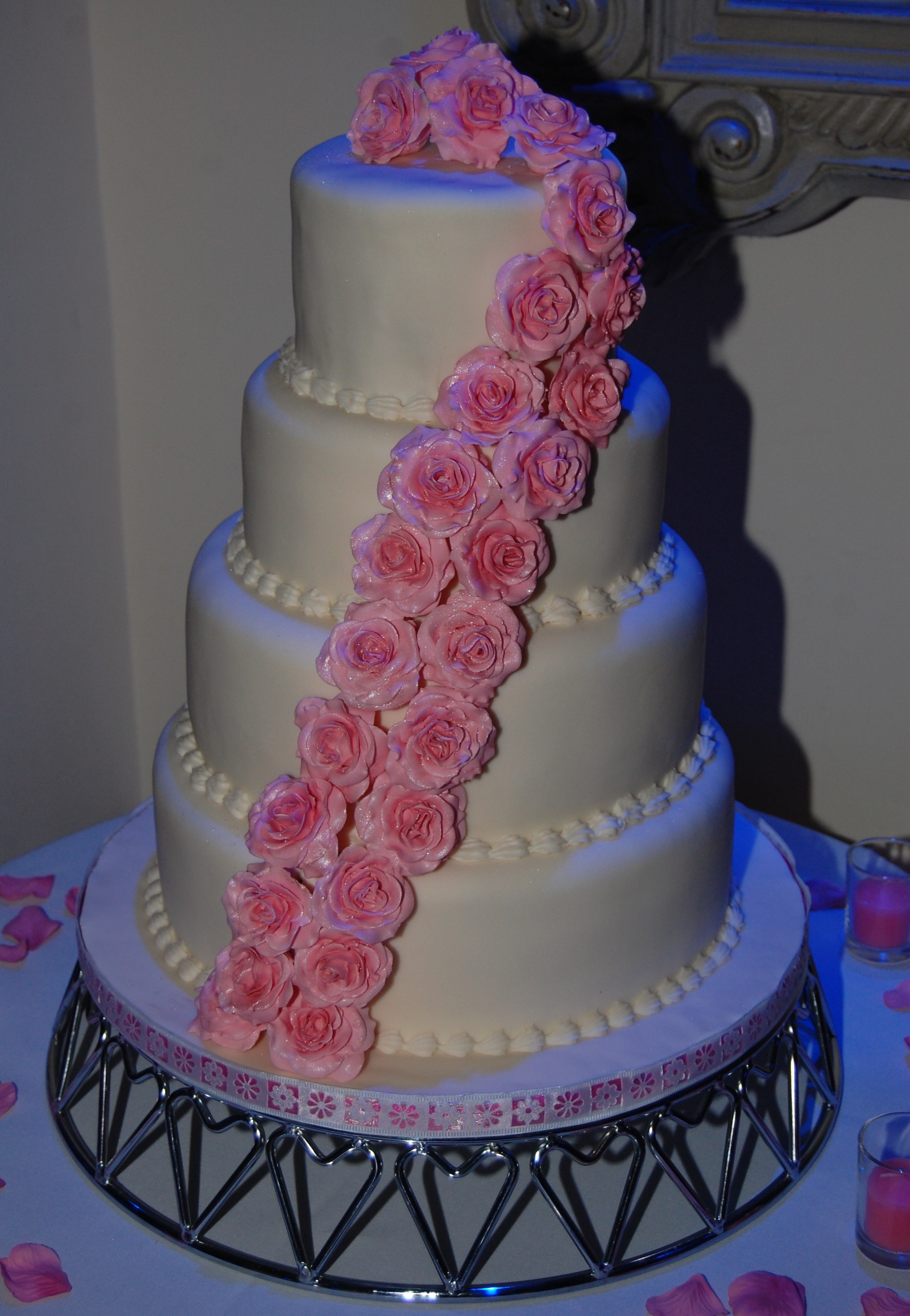 dusty pink and silver wedding cake 4 tier wedding cake with dusty pink roses hours 13795
