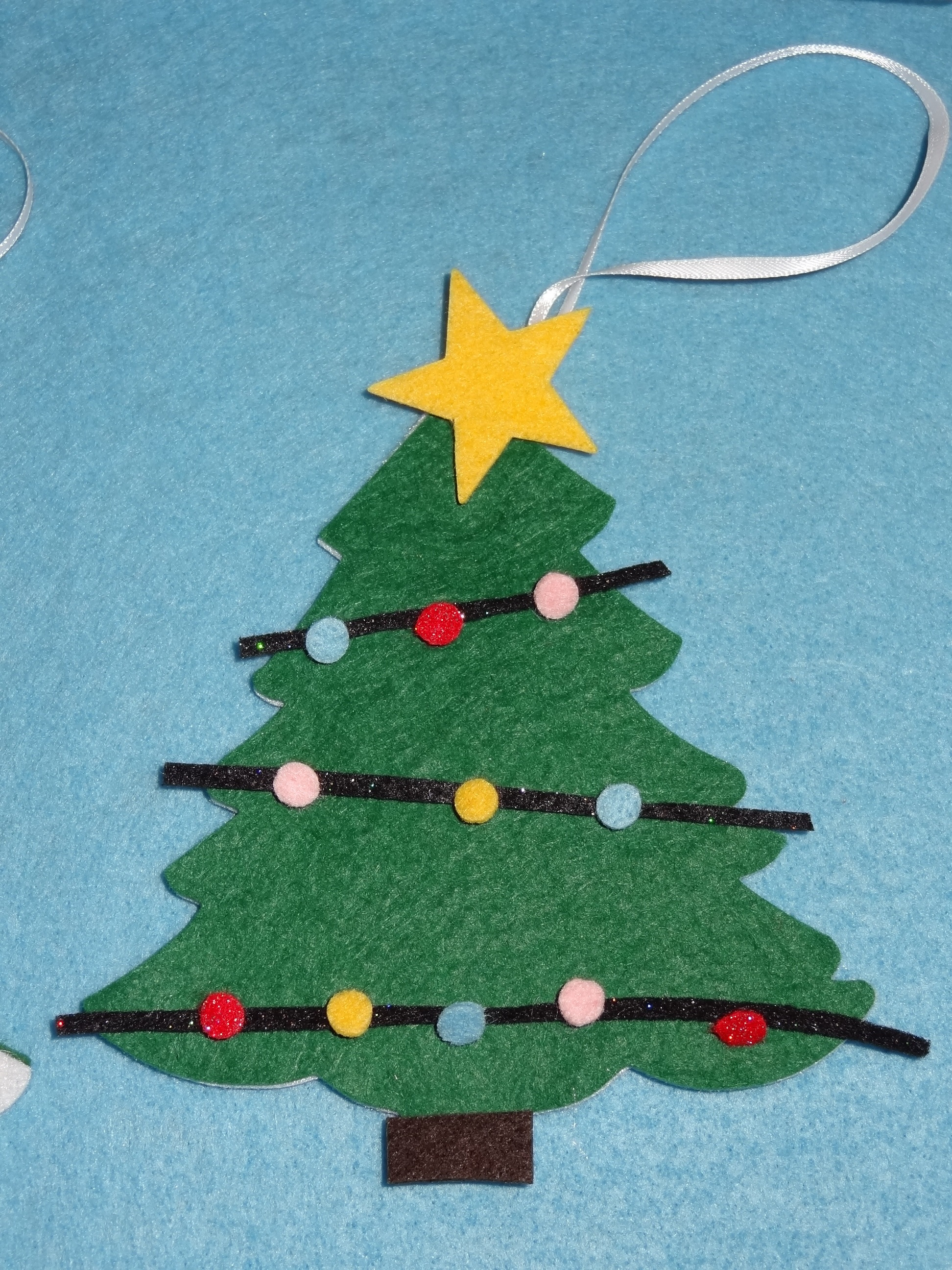 make your own christmas tree decoration christmas tree kit from hours of fun