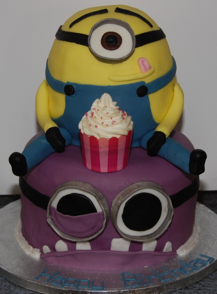 Homemade cake Hours of unf despicable me minion