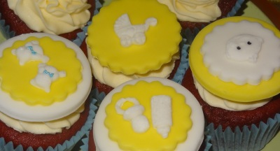Maternity leave baby cupcakes