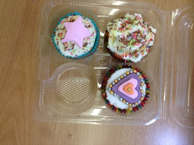 hours of fun cupcake workshop stonedale bus croxteth (4)