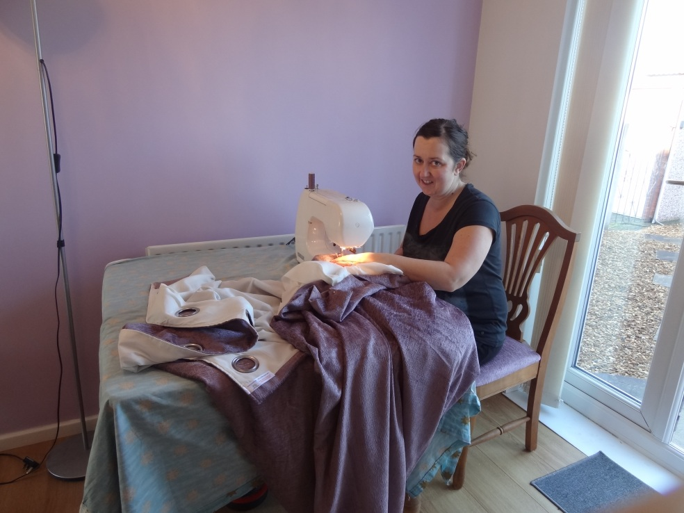 sewing kellys curtains