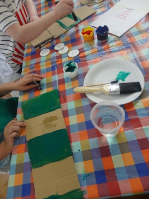craft-group-project-making-a-lighthouse-1