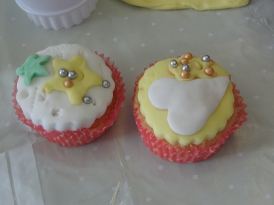 hours of fun cupcake decorating workshop at GEMS croxteth (1)